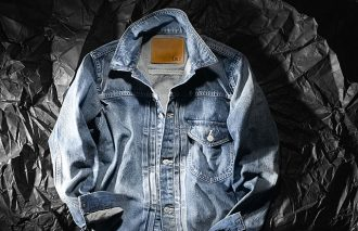 アニバーサリーモデルとして限定デニムジャケットが誕生