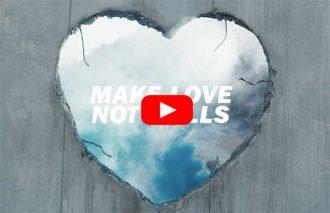 【DIESEL】「MAKE LOVE NOT WALLS(壁を築くのではなく、愛を育もう)」