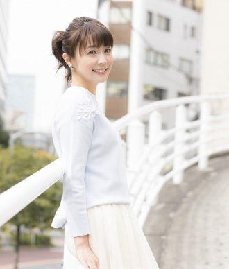 フリーアナウンサー 小林麻耶さんの書棚
