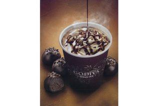 〈ゴディバ〉のチョコレートドリンクに期間限定の贅沢なフレーバーが登場