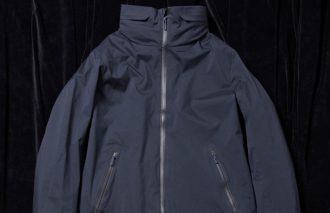 コートなのに軽い!〈デサント オルテライン〉のコートでアクティブに。アウトドアブランドのアウターが傑作なワケ 32選 #16