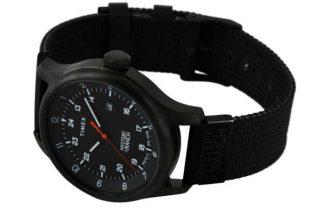 タイメックスの最新コラボ時計は精悍なブラックで魅せる!