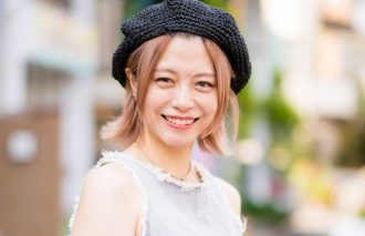 【おしゃれ女子の2択】夏のメンズファッション サコッシュvsリュック