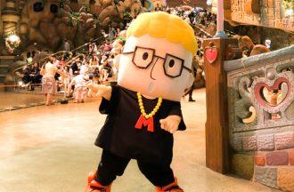 ハローメンディーライブキャラクターによるサンリオピューロランド初ハグイベントの初日速報!